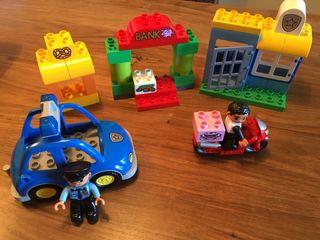 Lego duplo policía / completo