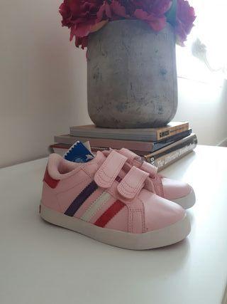 Zapatillas niña Adidas nuevas
