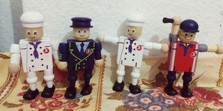 4 muñecos madera servicio oficial nuevos