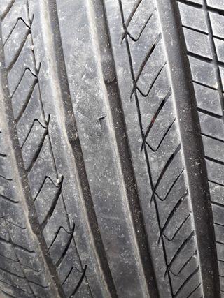 ruedas llantas y pneumatico