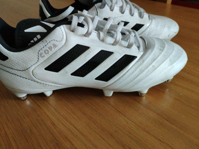 botas de fútbol