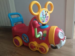 correpasillos Mickey Mouse