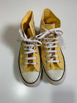 Zapatillas de bota Converse All Star.