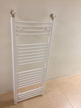 Radiador toallero Ferroli de gas, nuevo a estrenar