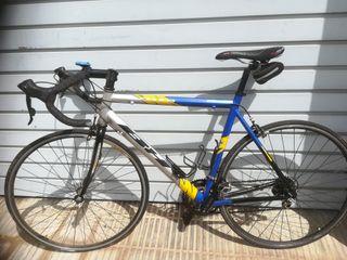 bicicleta carretera BH Oquina