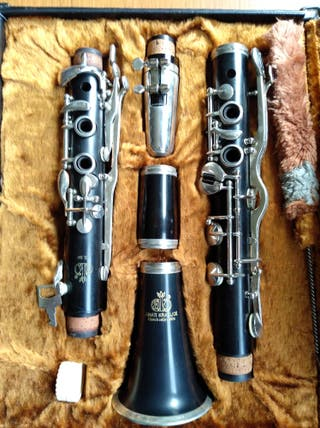 Clarinete Amati Kraslice sin usar