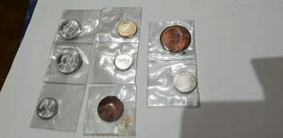 Monedas y sellos
