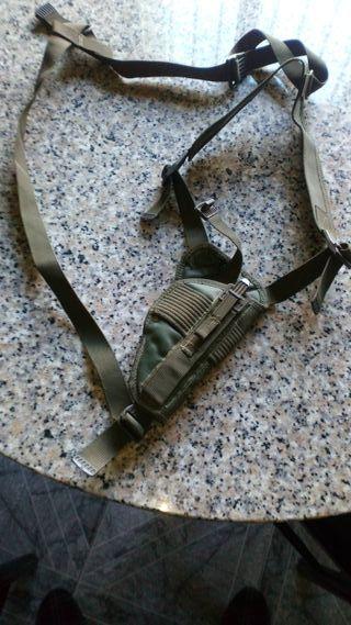 funda de pistola para hombro (pistolera)