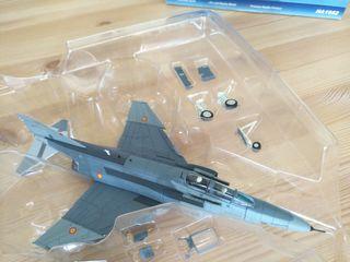 Maqueta F-4 phantom II