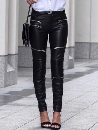 Pantalón Zara cuero