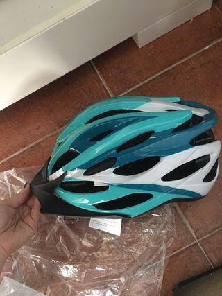 Casco bici Helmet tallan M nuevo a estrenar