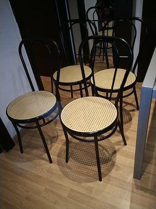 4 sillas de cocina.