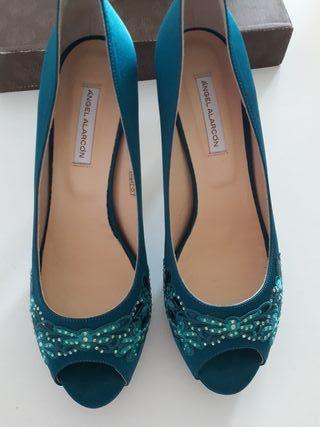 Zapatos de ceremonia casi nuevos