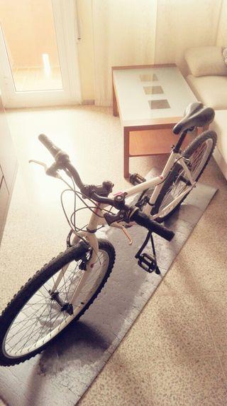 Bicicleta de montaña Rockrider five zero