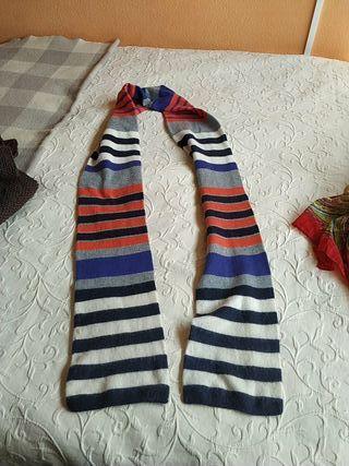 larga bufanda casi nueva