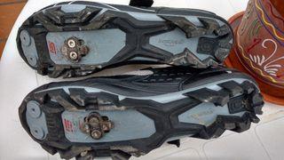 zapatillas de ciclismo.
