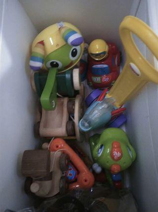 Caixa joguines / caja juguetes