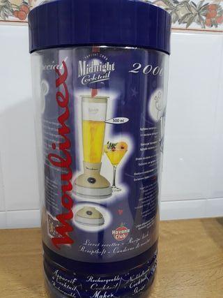Se vende coctelera Moulinex.