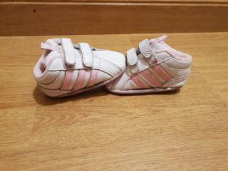Zapatillas adidas número 18