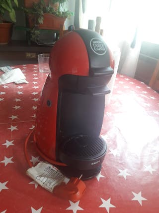 Cafetera DOLCE GUSTO -KRUPS