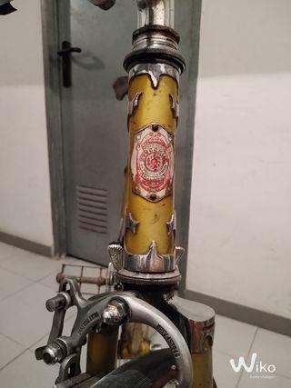 Bicicleta italiana antigua