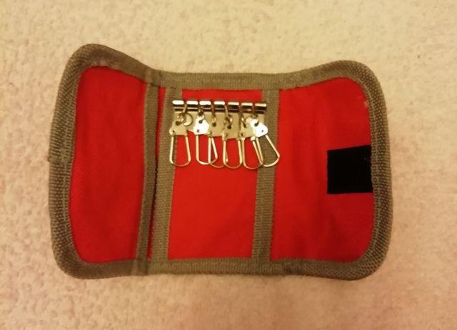 Cartera Tela Y Velcro Para Llaves