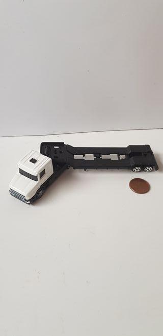 Camion con remolque