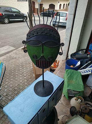 mascara hecha a mano