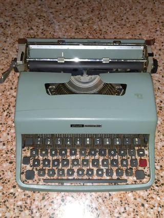 maquina olivetti lettera 32