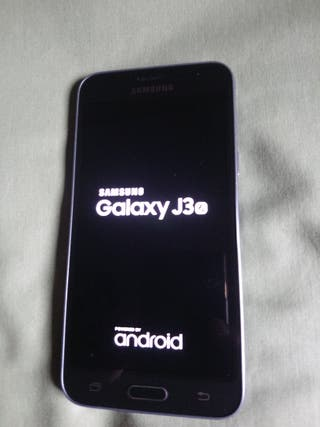 Samsung galaxy j3, impecable.