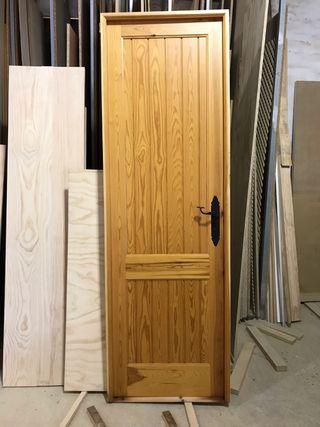 Puertas de madera r sticas de segunda mano en wallapop for Puertas de paso segunda mano