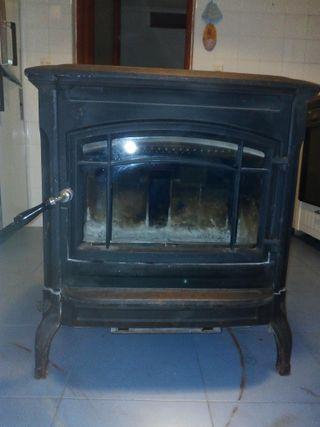 Estufa de leña Hergom Shelburne de hierro fundido
