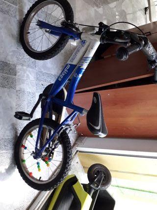bicicleta BMX de niños del Málaga