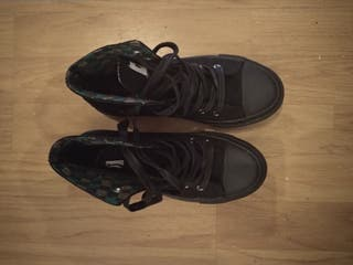 """Zapatillas tipo """"Converse"""""""