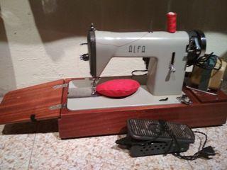 maquina de coser vintage portatil