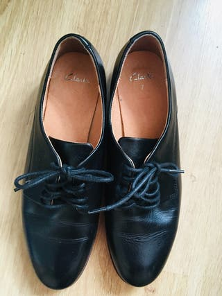Clarks leather shoes size 7
