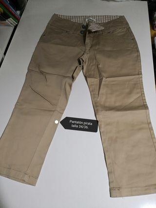 Pantalones pirata
