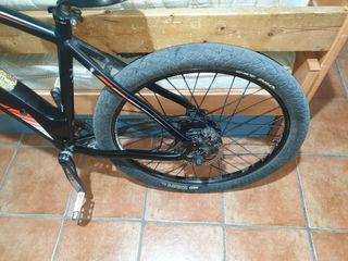 bicicleta eléctrica: BH emotion neo xtrem de 26°