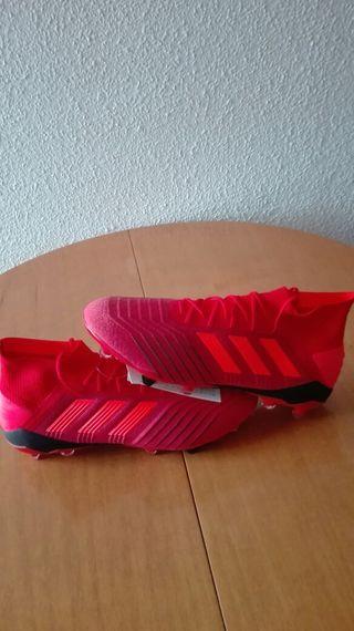 botas de fútbol Gama alta adidas predator