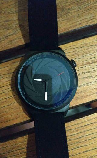 reloj Armani y otras marcas