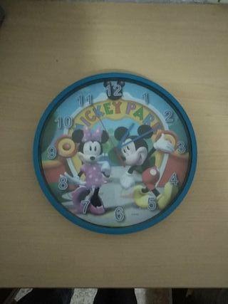 reloj de pared Miky