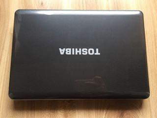 Portátil i5 Toshiba