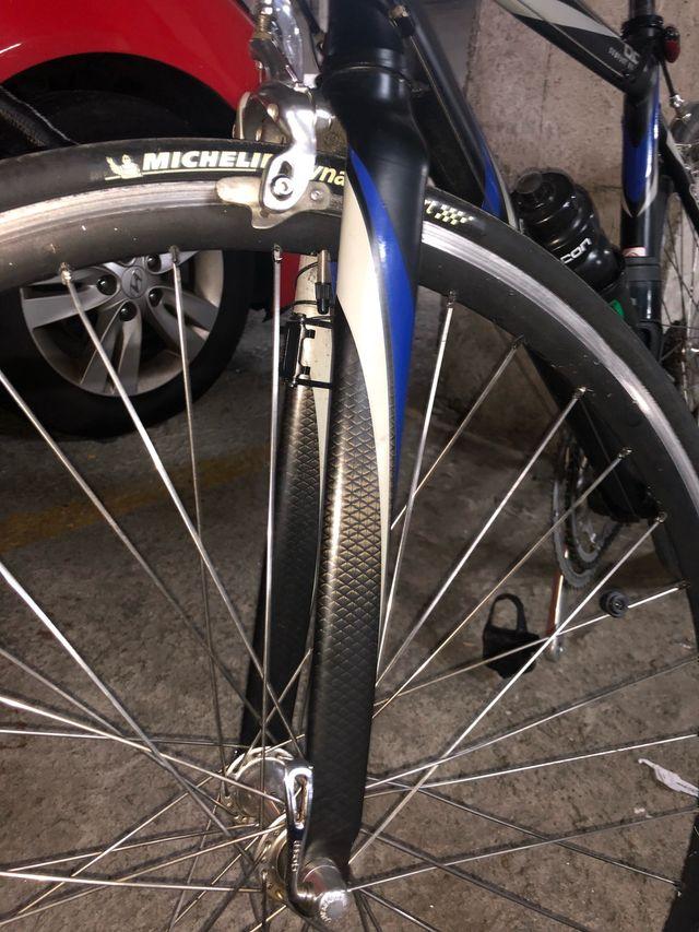 Bicicleta Giant de carretera