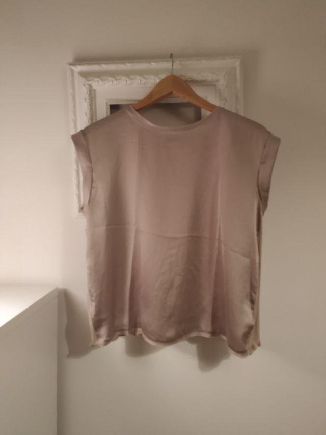 Top / Blusa / Camiseta Mango