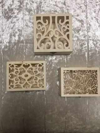 Preciosas cajas labradas madera sin tratar
