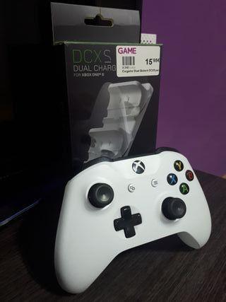 Mando Xbox One + cargador
