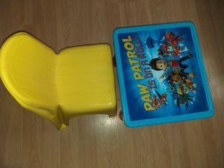 mesa I silla infantil