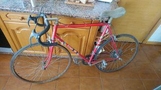 Bicicleta carretera Titan BH L33