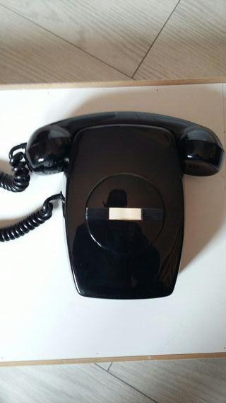 Telefono fijo de sobremesa.