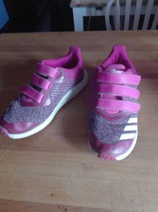 zapatillas deportivas adidas para niña numero 32